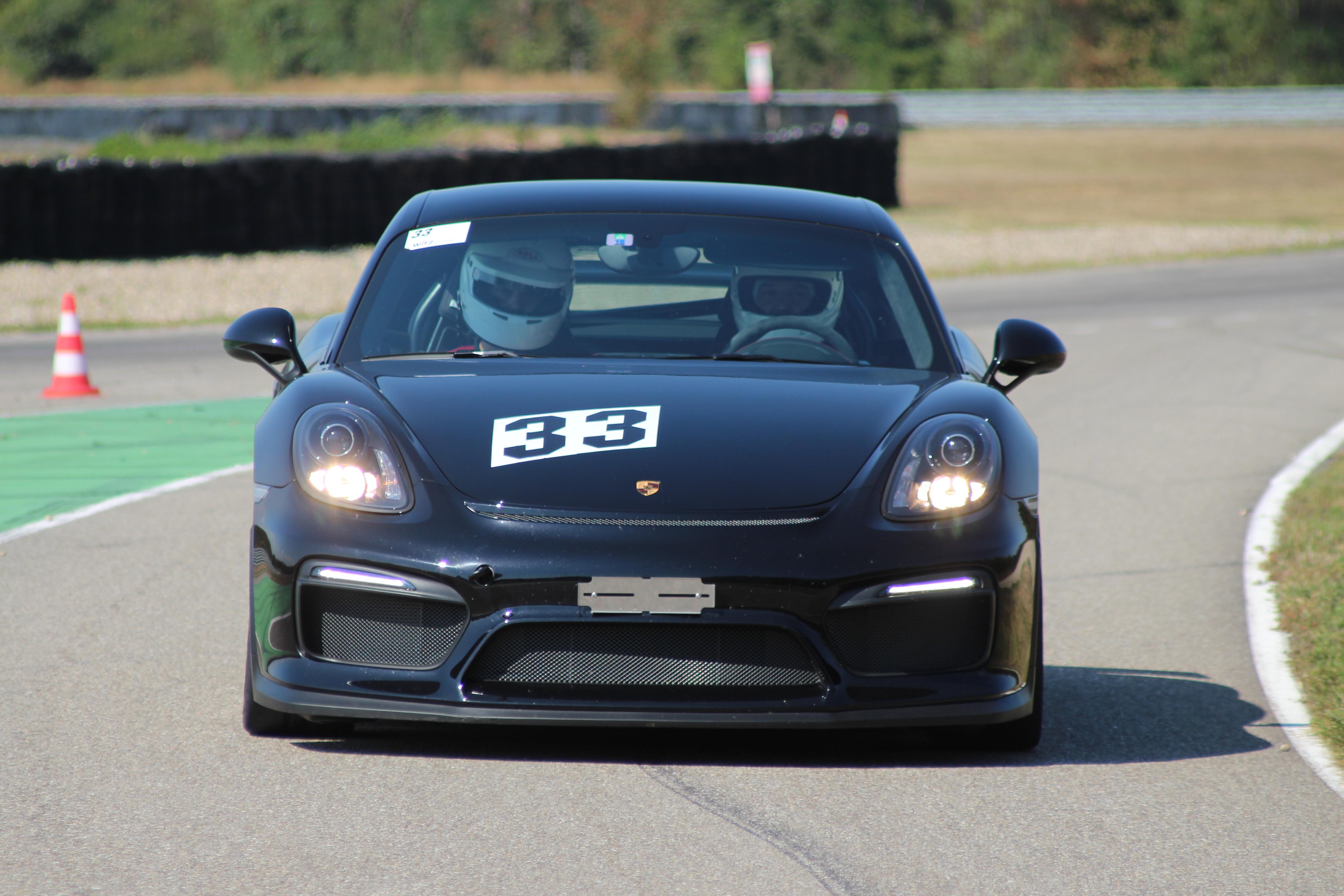 Porsche Cayman GT4 (G81)
